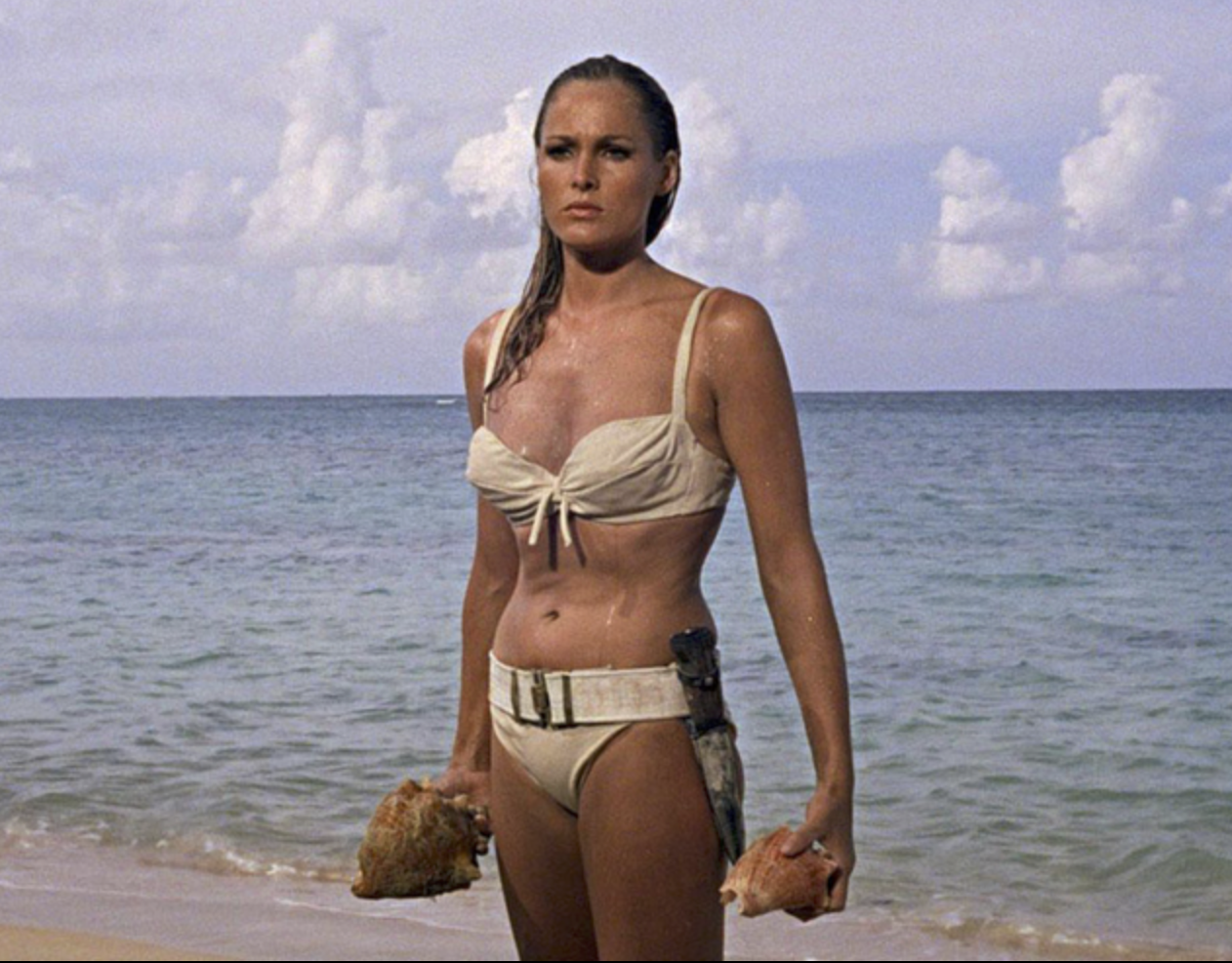 Ursula Andress in James Bond 007, Dr. No